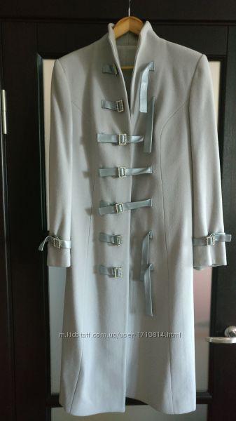 Пальто из итальянского кашемира нарядное