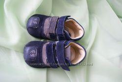 Детские ботиночки Chicco- 21 размер