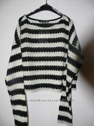 стильные короткие свитерочки  с длинным рукавом в наличии