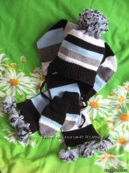 Шапка , шарф и рукавички на осень и зиму
