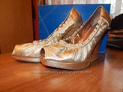 очень красивые кожаные туфли Welfare
