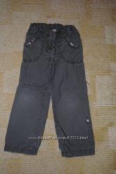 Много спортивных штанов для девочки