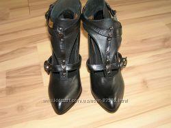 обувь из Бельгии в наличии, cнизила цену