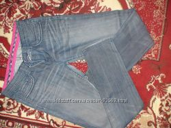Продам джинсы Италия  размер 28