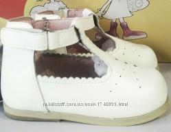 Кожаные белые туфли Flamingo 21, 22