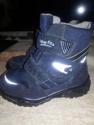 Распродажа  Ботинки Superfit Gore-Tex. 16,5 см.