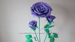 Куст фиолетовой розы ростовые цветы
