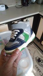весняні кросівки-черевички