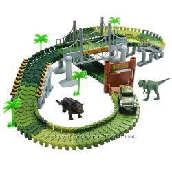 Автотрек с Динозаврами. Автомобильный трек  150 деталей, 2. 1 м