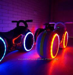 Беговел Трон Байк v2. 0 с LED подсветкой и Bluetooth Толокар
