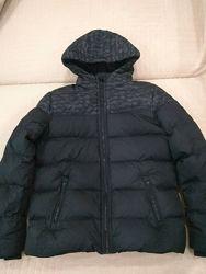 Продам в идеальном состоянии, фирменную C&A, куртку пуховик, 12-16 лет.
