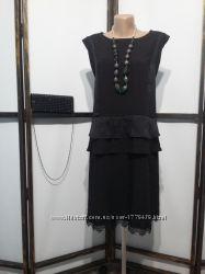 Платье бренд Moves коктейльное нарядное офисное с кружевом