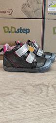 Кожаные демисезонные ботиночки от D. D. step