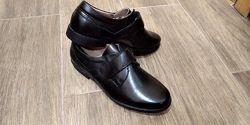 Классические  туфли на липучке для мальчика школа 36-39р.