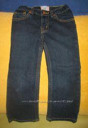 Продам джинсы Childrens place размер 4T