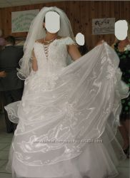 Свадебное платье с камнями Сваровского