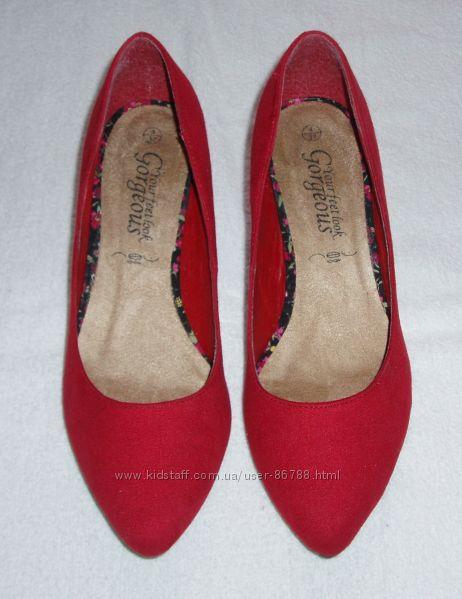 Красивые фирменные туфли, р. 37, New Look состояние новых