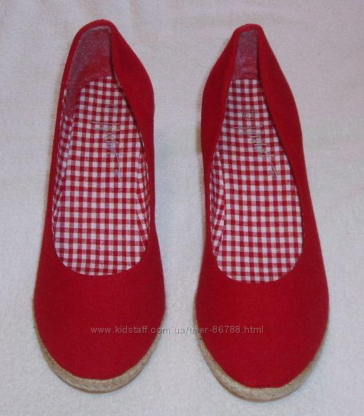 Удобные и классные туфли на танкетке Wishot, р. 36, новые