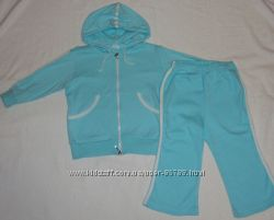 Голубенький симпатичный костюм, куртка и штаны 100 х. б. , на 1, 5 - 2, 5 г
