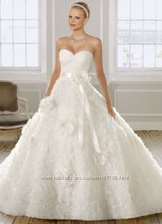 Продаю новое свадебное платье, фату, подъюбник  размер eur 38