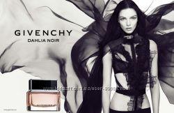 Givenchy - ароматы для настоящих леди и джентльменов